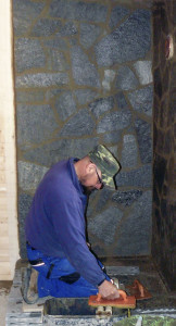 Obklady a dlažby z kamene